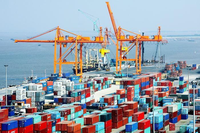"""""""Top"""" hàng xuất khẩu chủ chốt của Việt Nam trong 6 tháng đầu năm 2016"""