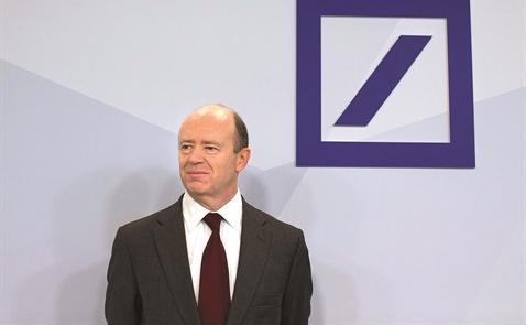 """Deutsche Bank bị """"chiếu tướng"""""""