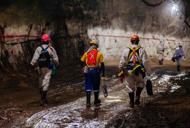 63 triệu ounce vàng ở Nam Phi đang được đào như thế nào