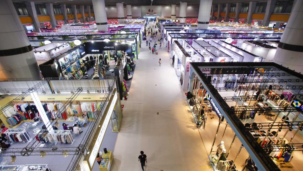 Hàng Trung Quốc chiếm 26,7% trong tổng kim ngạch nhập khẩu của cả nước