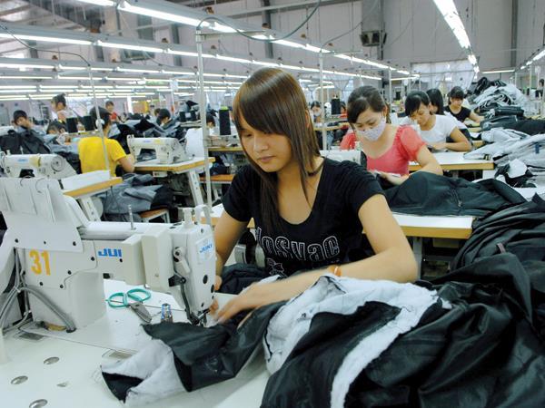 """Dự án dệt may """"hút"""" 4,2 tỷ USD vào khu công nghiệp"""