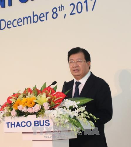 pho thu tuong chinh phu trinh dinh dung phat bieu tai le khanh thanh nha may bus thaco.