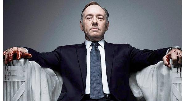 """8 bài học truyền thông từ kẻ quyền lực nhất trong """"House of Cards"""""""