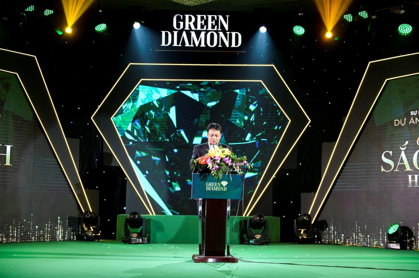 """Chính thức mở bán """"Kiệt tác công nghệ xanh"""" Green Diamond gây sốt thị trường miền Bắc"""