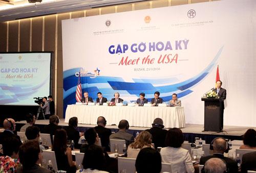 Tham tán Mỹ: 'Lãnh đạo địa phương Việt Nam đừng ngồi mãi ở văn phòng'