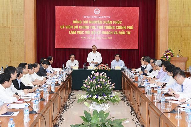 Bộ Kế hoạch và Đầu tư 'phải là đường dây nóng về kinh tế'