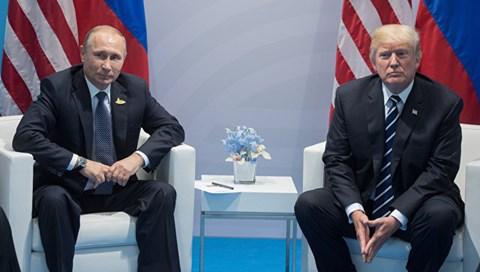 """Trung Quốc """"vớ bẫm"""" từ mâu thuẫn Nga - Mỹ?"""