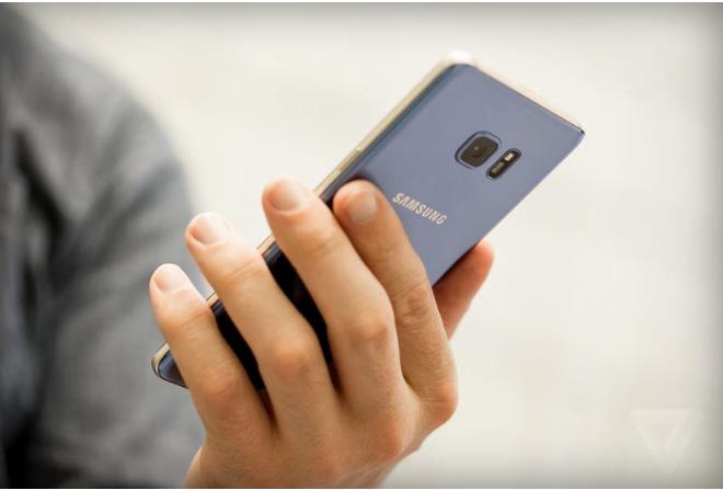 Cổ phiếu Samsung rơi thảm hại sau vụ thu hồi Note 7