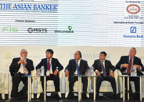 Thị trường tài chính Châu Á: Nâng cao vị thế là động cơ của tăng trưởng