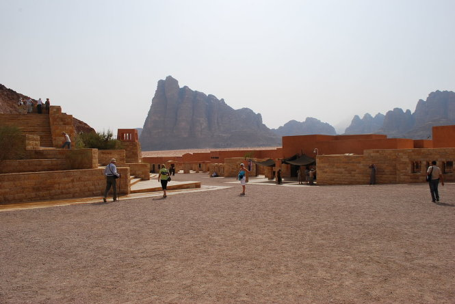 trung tam tro giup du lich ngay cua ngo wadi rum - anh: wiki