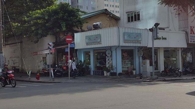 """Ai nhảy vào 6 khu """"đất kim cương"""" giữa Sài Gòn của In Trần Phú?"""
