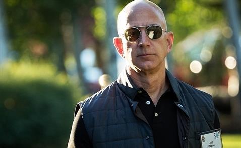 Các CEO Mỹ 'sợ' Jeff Bezos hơn cả Donald Trump?