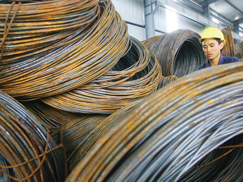Áp thuế tự vệ thép nhập khẩu với mã HS quá rộng: Sản xuất vật liệu hàn gặp khó
