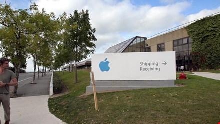 mot toa nha cua apple o cork, ireland