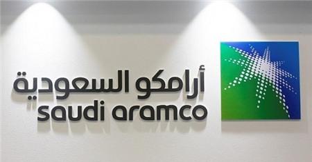 logo cua saudi aramco tai hoi nghi va trung bay lan thu 20 dau khi va dau mo trung dong (moes 2017) o manama, bahrain, march 7, 2017. reuters/hamad i mohammed/file photo