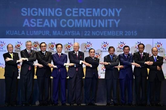 ASEAN phải duy trì vị trí trung tâm trong quan hệ Mỹ - Trung