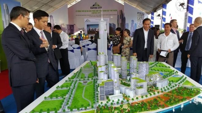 """Bất động sản Việt Nam 2016: Đón chờ các """"cú sốc"""" M&A"""