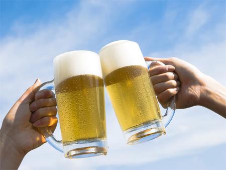 Bia đáp ứng 'cơn khát' sản phẩm mới của người tiêu dùng Việt