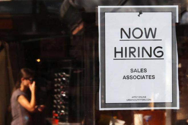 Thị trường lao động Mỹ ủng hộ kịch bản nâng lãi suất