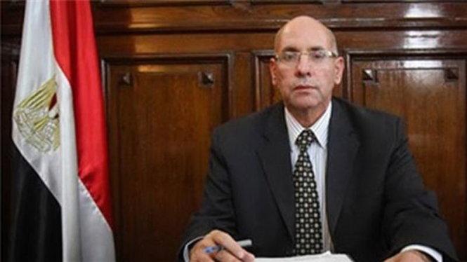 bo truong ai capsalah helal- anh:al jazeera/daily news egypt
