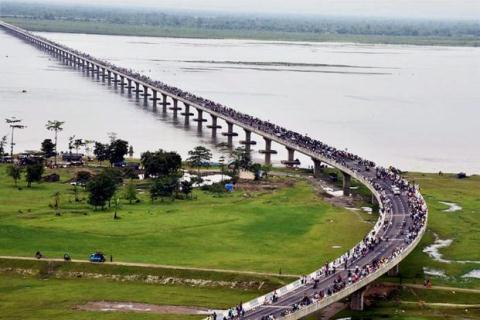 Quả bom nước Trung Quốc treo trên đầu Ấn Độ