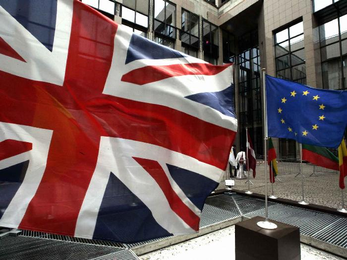"""""""Brexit chỉ là cái cớ chốt lời chứng khoán"""" và không đáng lo?"""