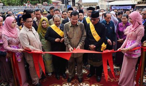 Lo ngại Campuchia đối đầu với Mỹ