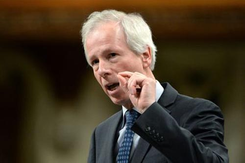ngoai truong canada stephane dion. anh:canadian press