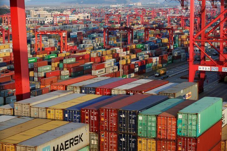 Đằng sau cuộc chiến thương mại Mỹ - Trung: Việt Nam vào tầm ngắm?