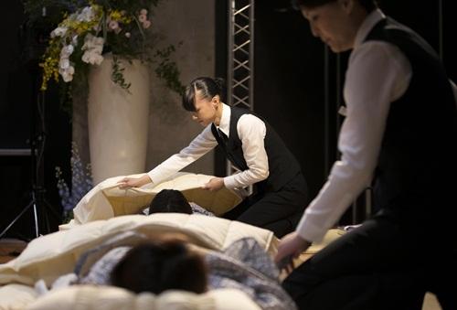 Ngành công nghiệp phục vụ cái chết kiếm hàng tỷ USD tại Nhật