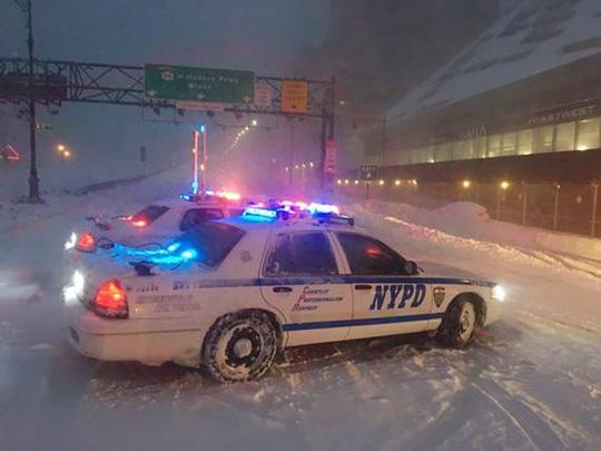 New York vẫn ban bố tình trạng khẩn cấp... Ảnh: Reuters