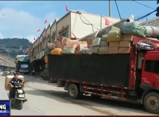 Thâm nhập đường dây tuồn đồ chơi trẻ em nhập lậu về Việt Nam