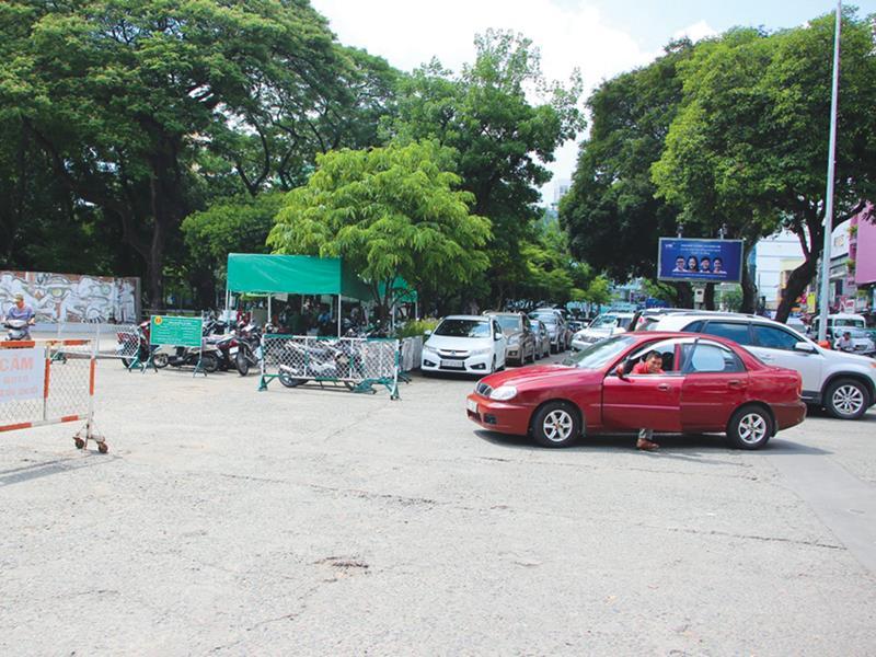 Đầu tư 3.000 tỷ đồng xây 5 bãi đỗ xe ở Hà Nội