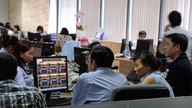 Nhiều ẩn số trên thị trường chứng khoán Việt