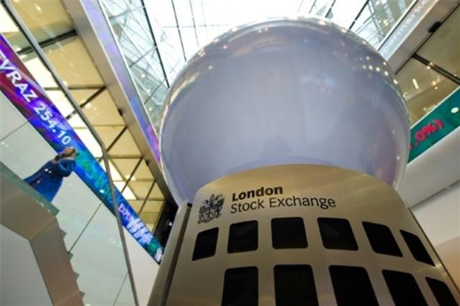 Đối phó với chứng khoán Mỹ, 2 sàn chứng khoán London và Frankfurt sáp nhập