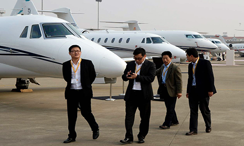 Giới tài phiệt Trung Quốc đua sắm chuyên cơ