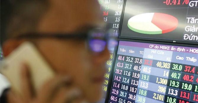 Cổ phiếu vua qua 'tháng đen tối'