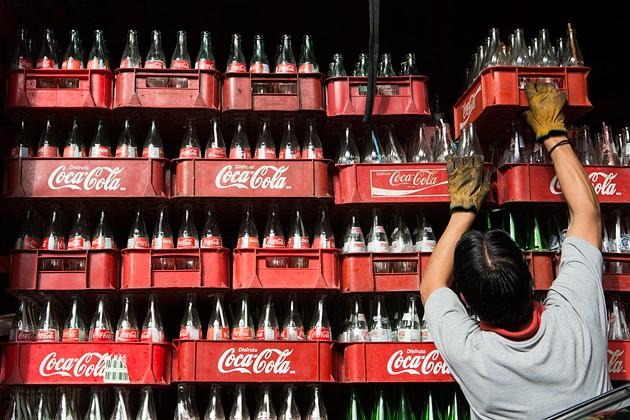 coca-cola co he thong phan phoi manh, song lieu co phu hop voi san pham moi?