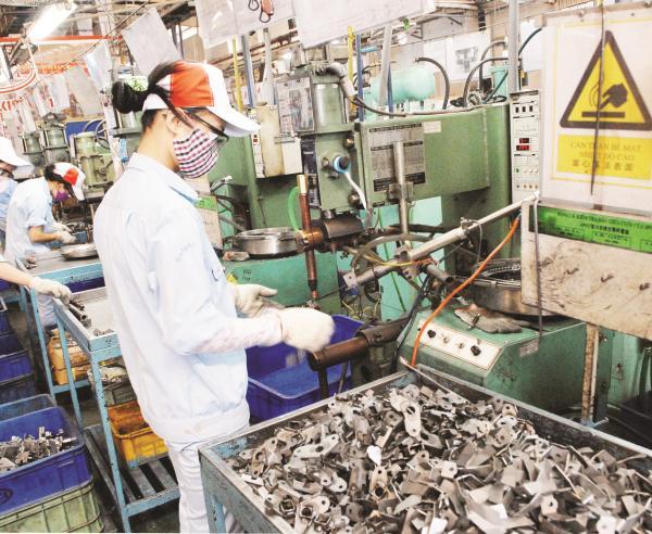 Chật vật công nghiệp hỗ trợ