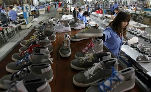 Xuất khẩu giày dép Việt Nam đứng thứ 2 thế giới
