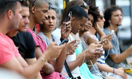 Mỹ - Trung và cuộc chiến Internet ở Cuba