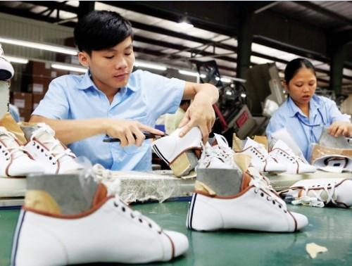 Xuất khẩu giày dép nửa đầu năm 2016 tăng trên 7% kim ngạch