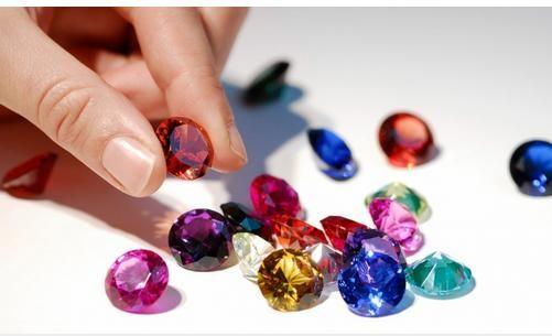 10 tháng năm 2018, nhập siêu 61,7 triệu USD hàng đá quý, kim loại quý