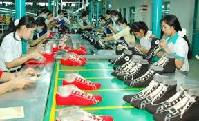 8 tháng đầu 2015, tổng kim ngạch xuất khẩu giày dép các loại đạt 7,95 tỷ USD