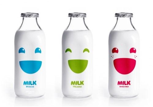 """""""Đánh tráo"""" sữa bột - sữa tươi: Người tiêu dùng """"hứng"""" cả"""