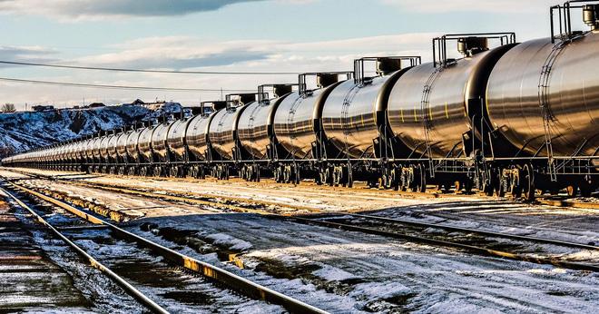 Mỹ dỡ bỏ lệnh cấm xuất khẩu dầu tác động như thế nào đến giá dầu?