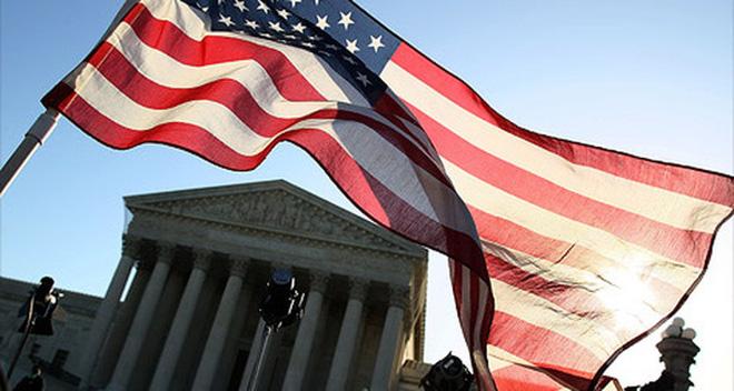 Triển vọng kinh tế Mỹ sáng sủa do số liệu việc làm, tồn kho lạc quan