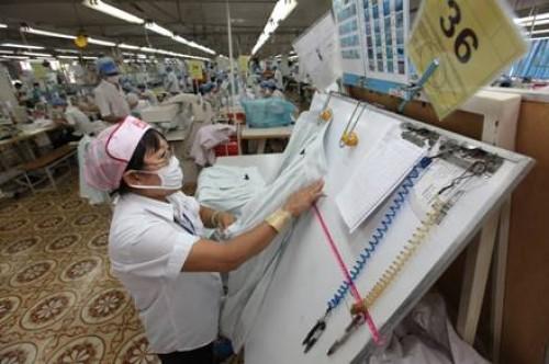 Phát triển công nghiệp thời trang: Chỉ mới manh nha