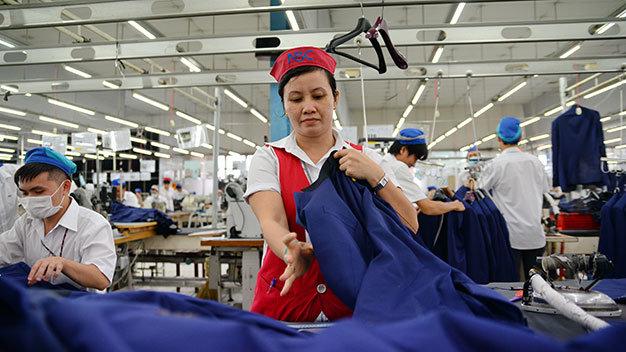 Dệt may Việt Nam giữa xung đột thương mại Trung – Mỹ