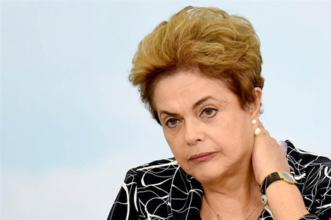 so phan chinh tri cua tong thong brazil dilma rousseff se co vao cuoi thang 8. anh: afp